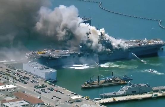 سی ان ان: آثار آتش سوزی های گسترده سال ها در ناوگان دریایی آمریکا احساس خواهد شد